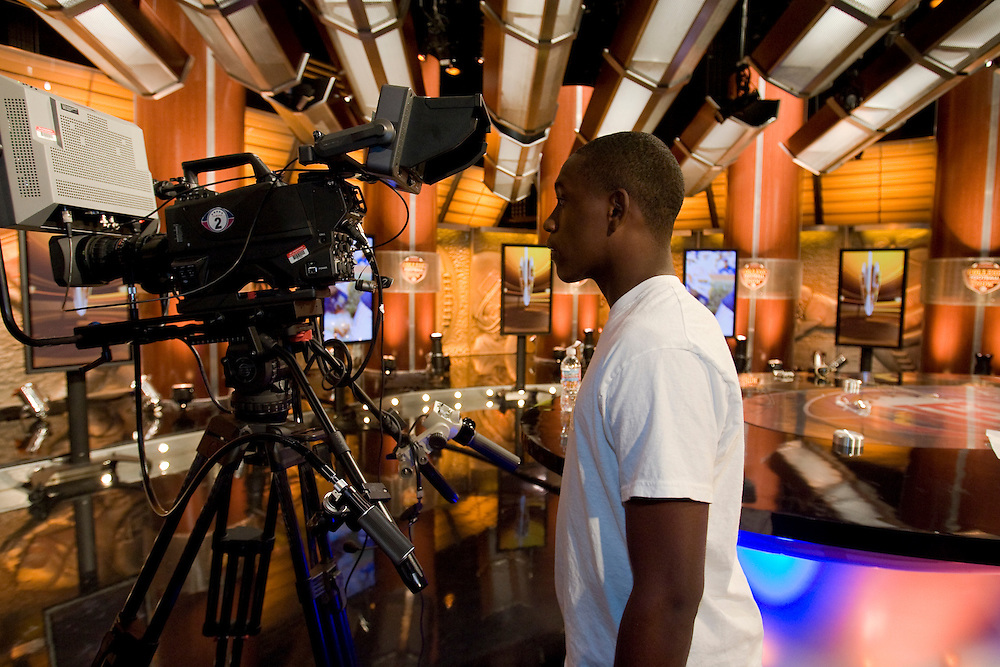Behind the scenes as at the NFL Network