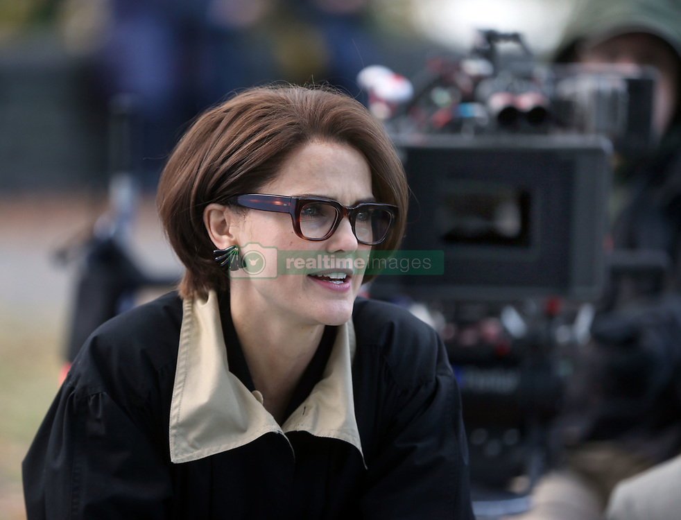 """EXCLUSIVE: Keri Russell filming """"The Americans"""" with this episode being directed by her boyfriend / co-star Matthew Rhys. 10 Nov 2017 Pictured: Keri Russell. Photo credit: SteveSands/NewYorkNewswire/MEGA TheMegaAgency.com +1 888 505 6342"""