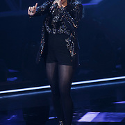 NLD/Hilversum/20141114 - The Voice of Holland 1e show, Daisy van Lingen