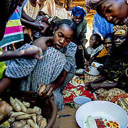 The next step for the Brakna region cooperative members will be to create groups of vendors and look for ways to package and transport the vegetables so they can sell them to the national markets. Brakna, Mauritania.