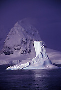 Best-nature-scenics-photo-decor-online-by-Randy-Wells-travel-photographer-videographer, Image of ice floes in the Lemaire Channel, Antarctica