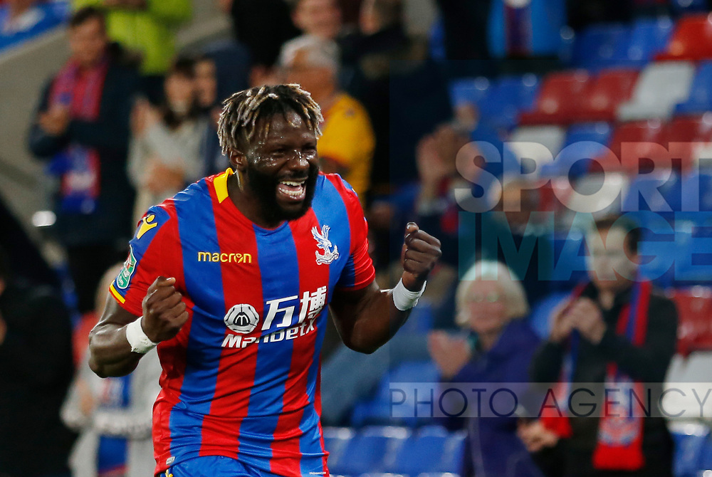 Crystal Palace's Bakary Sako celebrates scoring his sides opening goal during the Carabao cup match at Selhurst Park Stadium, London. Picture date 19th September 2017. Picture credit should read: David Klein/Sportimage