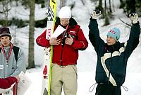 Hopp, 2. mars 2003, Junior-NM, Terje Morka, Gjerstad, julber over bronse. Til venstre: Jon Aaraas, Ready, og Joakim Klausen, Mosjøen
