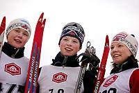 Langrenn, 01. mars 2003, Junior NM,  Anne M. B. Gjermundshaug, Alvdal (midten), Caroline Tangen (t.v.) og Kristin Sønstegård