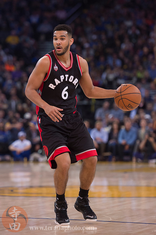 November 17, 2015; Oakland, CA, USA; Toronto Raptors guard Cory Joseph (6) dribbles the basketball during the second quarter against the Golden State Warriors at Oracle Arena. The Warriors defeated the Raptors 115-110.