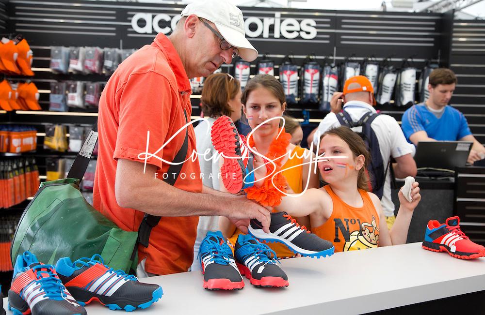 DEN HAAG - Promodorp.  Adidas stand met veel schoenen. Rabobank World Cup Hockey 2014 . COPYRIGHT KOEN SUYK