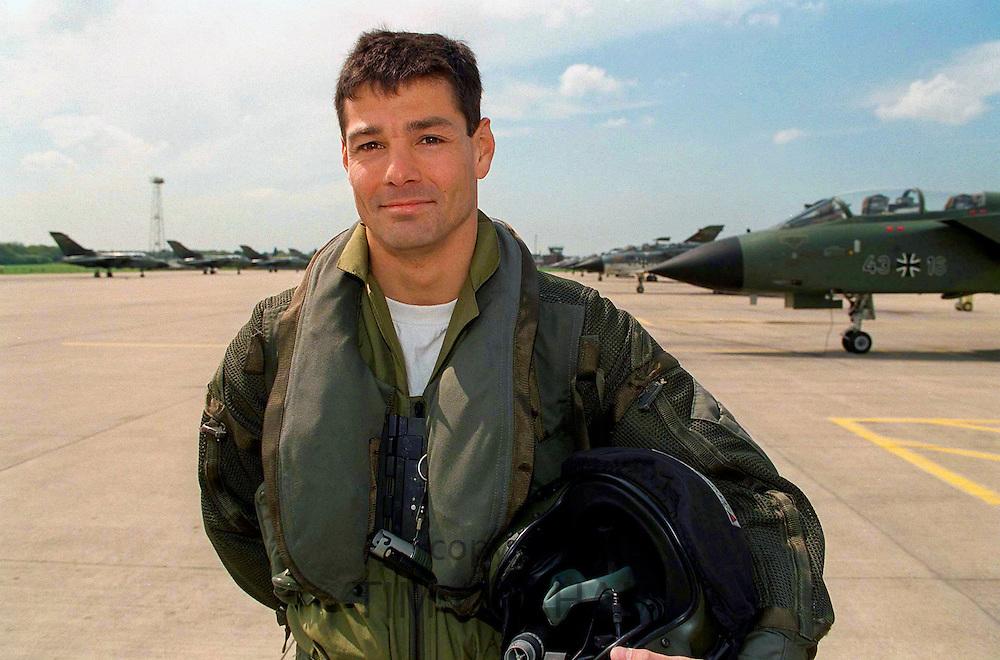 TORNADO PILOT JOHN PETERS AT RAF COTTESMORE.