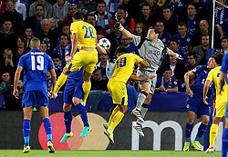 Iker Casillas of FC Porto punches the ball clear - Mandatory by-line: Matt McNulty/JMP - 27/09/2016 - FOOTBALL - King Power Stadium - Leicester, England - Leicester City v FC Porto - UEFA Champions League