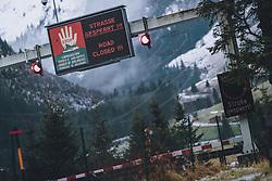 THEMENBILD - auf Grund der starken Schneefälle, ist die Strasse am Felbertauern aus Sicherheitsgründen und wegen Lawinengefahr gesperrt. Der Felbertauern ist eine wichtige Verbindungsstrasse zwischen Osttirol und Salzburg (Pinzgau), aufgenommen am 07. Dezember 2020 in Mittersill, Oesterreich // due to heavy snowfall, the road at Felbertauern is closed for safety reasons and because of the danger of avalanches. The Felbertauern is an important connecting road between East Tyrol and Salzburg (Pinzgau), in Mittersill, Austria on 2020/12/07. EXPA Pictures © 2020, PhotoCredit: EXPA/Stefanie Oberhauser