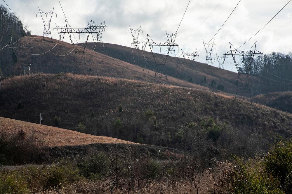 Power transmission lines, Kingston Fossil Plant
