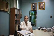 Dott. Ricardo Quadra Sollozan Direttore generale  dell'ospedale pubblico Heodra di Leon. <br /> L' ospedale Heodra di Leon pur essendo il principale ospedale di tutto il Municipio di Leon dispone di solo 7 macchine per la dialisi. <br /> <br /> 18 maggio  2016 . Daniele Stefanini /  OneShot