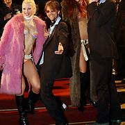 Premiere Be Cool, Anthonie Kamerling en Beau van Erven Dorens en modellen.naakt, bontjas, bikini, sexy, poseren