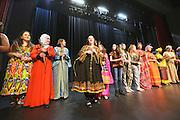 Nederland, Wijchen, 8-3-2016Internationale vrouwendag in de Mozaik. Een modeshow van allerlei culturen door de wereldvrouwenFOTO: FLIP FRANSSEN