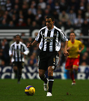 Photo: Andrew Unwin.<br />Newcastle United v Watford. The Barclays Premiership. 16/12/2006.<br />Newcastle's Kieron Dyer returns to action, with a bandage visible on his left leg.