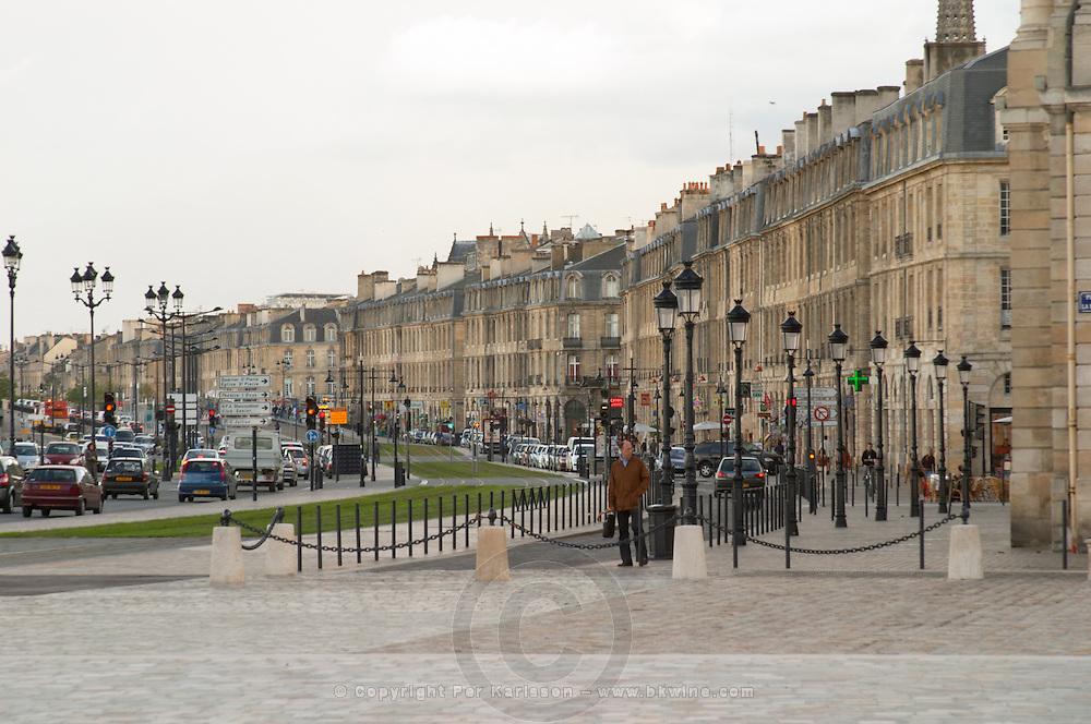 On Les Quais. Bordeaux city, Aquitaine, Gironde, France