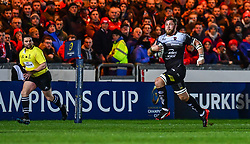 Toulon's Duane Vermeulen in action during todays match<br /> <br /> Photographer Craig Thomas/Replay Images<br /> <br /> European Rugby Champions Cup Round 5 - Scarlets v Toulon - Saturday 20th January 2018 - Parc Y Scarlets - Llanelli<br /> <br /> World Copyright © Replay Images . All rights reserved. info@replayimages.co.uk - http://replayimages.co.uk