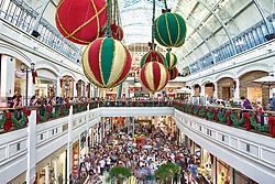 Decoração de natal no Shopping Center Iguatemi, em Porto Alegre. Inaugurado em 13 de abril de 1983, tem 29 mil m2 e possui 110 lojas em dois andares.  FOTO: Jefferson Bernardes/Preview.com