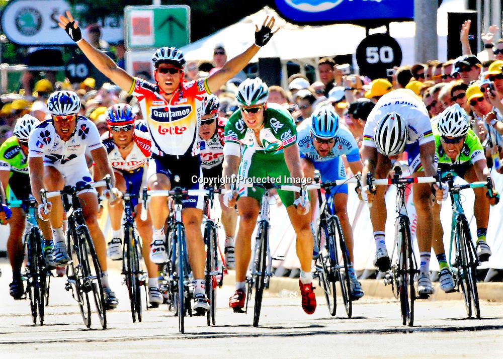 20060603. Esch-Sur-Alzette. Thor Hushovd spurter tydelig forbannet inn til en 3. plass..Foto: Daniel Sannum Lauten/ Dagbladet