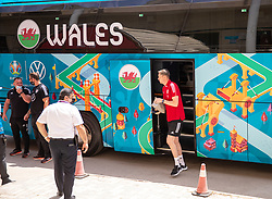 BAKU, AZERBAIJAN - Thursday, June 10, 2021: Wales' goalkeeper Wayne Hennessey steps off the team coach as he arrives for a training session at the Tofiq Bahramov Republican Stadium on day three of their UEFA Euro 2020 tournament. (Pic by David Rawcliffe/Propaganda)