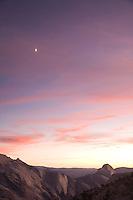 Scenic image of Yosemite Valley, Yosemite National Park California.