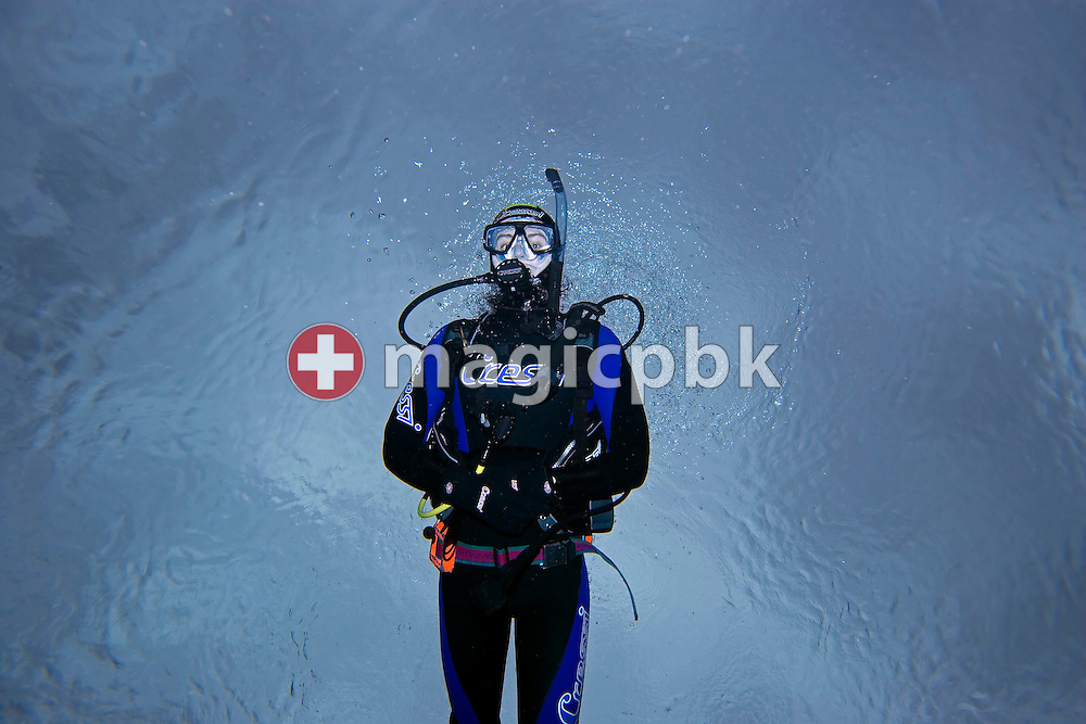 Diver Olivier FORNARO of Switzerland is pictured during a PADI scuba diving training lesson in the outdoor pool in Gossau, ZH, Switzerland, Monday, May 26, 2008. (Photo by Patrick B. Kraemer / MAGICPBK)