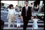 06: ECONOMY WHITE-COLLAR FAMILIES