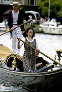 Henley Royal Regatta, Henley on Thames, ENGLAND,  1996, General craft, on Henley reach , Photo: Peter Spurrier/Intersport Images.  Mob +44 7973 819 551/email images@intersport-images.com Messing about on the River
