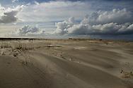 Duinvorming op het strand van Schiermonnikoog.