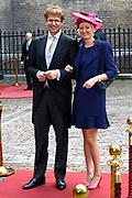 Prinsjesdag 2013 - Aankomst Parlementariërs bij de Ridderzaal op het Binnenhof.<br /> <br /> Op de foto:  Sander Dekker - Staatssecretaris van Onderwijs, Cultuur en Wetenschap en partner