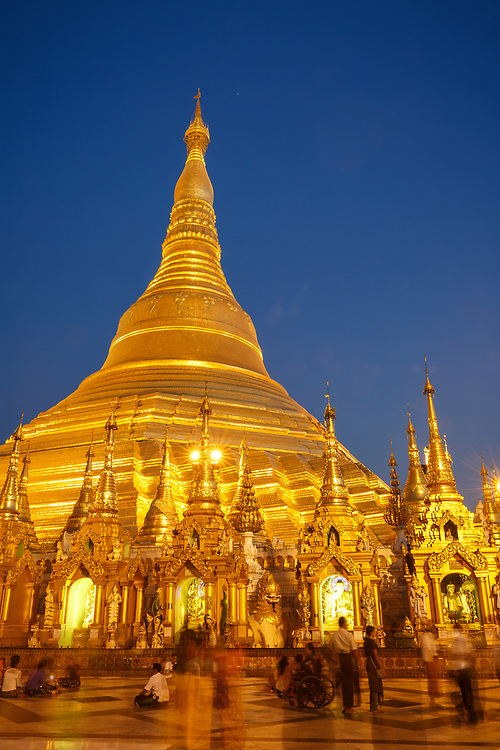 Schwedagon Paya at sunset, Yangon, Myanmar
