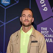 NLD/Amsterdam/20190613 - Inloop uitreiking De Beste Social Awards 2019, organisator Diederik Broekhuizen