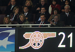 01.11.2011, Emirates Stadion, London, ENG, UEFA CL, Gruppe F, Arsenal FC (GBR) vs Olympique de Marseille (FRA), im Bild  Arsenal's majority shareholder Stan Kroenke looks on from the stand // during UEFA Champions League group F match between Arsenal FC (GBR) and Olympique de Marseille (FRA) at Emirates Stadium, London, United Kingdom on 01/11/2011. EXPA Pictures © 2011, PhotoCredit: EXPA/ Propaganda Photo/ Chris Brunskill +++++ ATTENTION - OUT OF ENGLAND/GBR+++++
