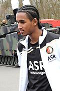 Feyenoord-selectie  krijgt maandag in Amersfoort een militaire training. Op uitnodiging van de Koninklijke Landmacht is de A-selectie een dag te gast op de Bernhardkazerne.<br /> <br /> Op de foto: