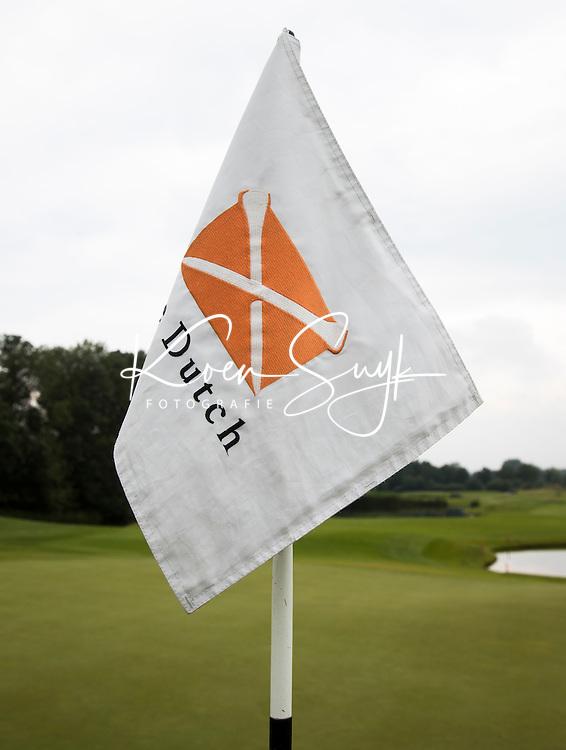 SPIJK - Hole vlag van The Dutch met logo.   Golfbaan THE DUTCH,  waar het KLM Open in september 2016 zal worden gehouden.COPYRIGHT KOEN SUYK