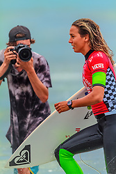 HUNTINGTON BEACH, CA - Sally Fitzgibbons surfs at the quarter finals during the 2014 Vans US Open of Surfing.  2014 Aug 2. Byline, credit, TV usage, web usage or linkback must read SILVEXPHOTO.COM. Failure to byline correctly will incur double the agreed fee. Tel: +1 714 504 6870.