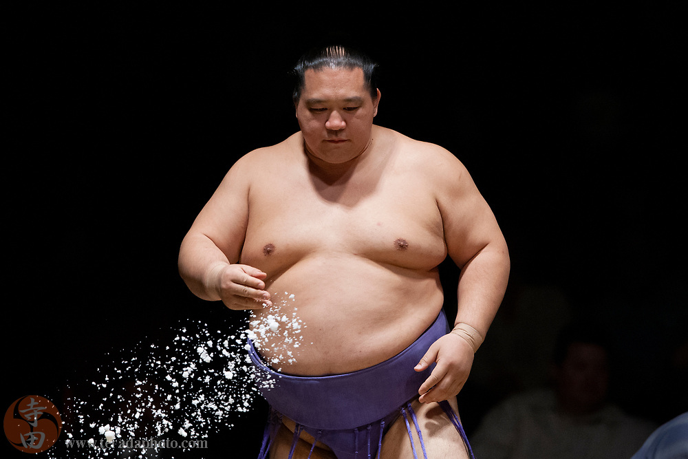 June 8, 2008; Los Angeles, California, USA; East Ozeki #2 sumo wrestler Kaio Hiroyuki tosses salt during the 2008 Grand Sumo Tournament at the Los Angeles Memorial Sports Arena.