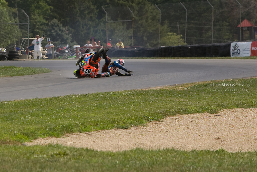 Rounds 8 of the AMA Superbike Championship at Mid Ohio racetrack, August 3-5 , 2007<br /> <br /> ::Images shown are not post processed ::Contact me for the full size file and required file format (tif/jpeg/psd etc) <br /> <br /> ::For anything other than editorial usage, releases are the responsibility of the end user and documentation/proof will be required prior to file delivery.