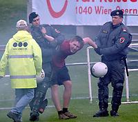 ◊Copyright:<br />GEPA pictures<br />◊Photographer:<br />Christian Singer<br />◊Name:<br />Sicherheitskraefte<br />◊Rubric:<br />Sport<br />◊Type:<br />Fussball<br />◊Event:<br />T-Mobile Bundesliga, FK Austria Magna Wien vs GAK Graz<br />◊Site:<br />Wien, Austria<br />◊Date:<br />05/05/05<br />◊Description:<br />GAK Fan, Sicherheitskraefte<br />◊Archive:<br />GEPA-0505051706<br />◊RegDate:<br />05.05.2005<br />◊Note:<br />8 MB - DM/DM - Nutzungshinweis: Es gelten unsere Allgemeinen Geschaeftsbedingungen (AGB) bzw. Sondervereinbarungen in schriftlicher Form. Die AGB finden Sie auf www.GEPA-pictures.com.<br />Use of picture only according to written agreements or to our business terms as shown on our website www.GEPA-pictures.com.