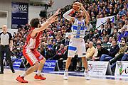 DESCRIZIONE : Campionato 2014/15 Serie A Beko Dinamo Banco di Sardegna Sassari - Giorgio Tesi Group Pistoia<br /> GIOCATORE : David Logan<br /> CATEGORIA : Tiro Tre Punti<br /> SQUADRA : Dinamo Banco di Sardegna Sassari<br /> EVENTO : LegaBasket Serie A Beko 2014/2015 <br /> GARA : Dinamo Banco di Sardegna Sassari - Giorgio Tesi Group Pistoia<br /> DATA : 01/02/2015 <br /> SPORT : Pallacanestro <br /> AUTORE : Agenzia Ciamillo-Castoria/C.Atzori <br /> Galleria : LegaBasket Serie A Beko 2014/2015