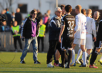 Fotball NM Cup 1.runde Orkla-Rosenborg<br /> 24 april 2014<br /> <br /> Orkdalsbanken Stadion, Fannrem<br /> <br /> <br /> Orklas trener Nils Arne Eggen takker Rosenborgs yngste debutant noensinne, John Hou Sæter, for kampen<br /> <br /> <br /> Foto : Arve Johnsen, Digitalsport