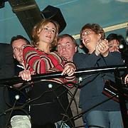 Boek en Gouden CD presentatie Volumia, Wendy van Dijk met de ouders van Xander de Buisonje