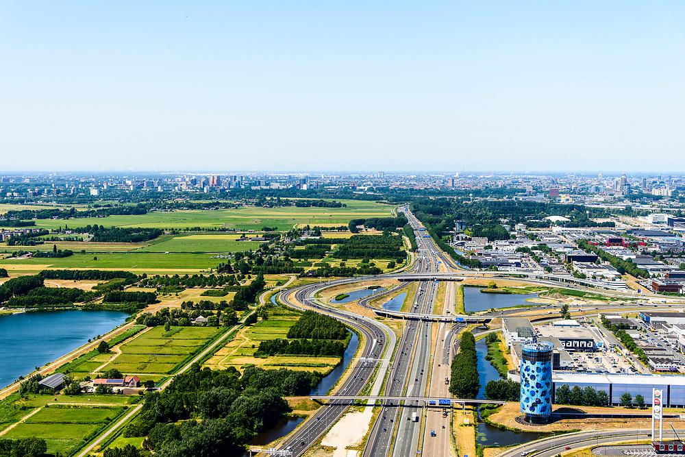 Nederland, Noord-Holland, Amsterdam,  29-06-2018; Bullewijk, Knooppunt Holendrecht, A2 en A9. <br /> <br /> luchtfoto (toeslag op standard tarieven);<br /> aerial photo (additional fee required);<br /> copyright foto/photo Siebe Swart