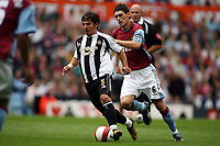 Photo: Rich Eaton.<br /> <br /> Aston Villa v Newcastle United. The Barclays Premiership. 27/08/2006. right Gareth Barry of Aston Villa chases down Belozoglu Emre of Newcastle