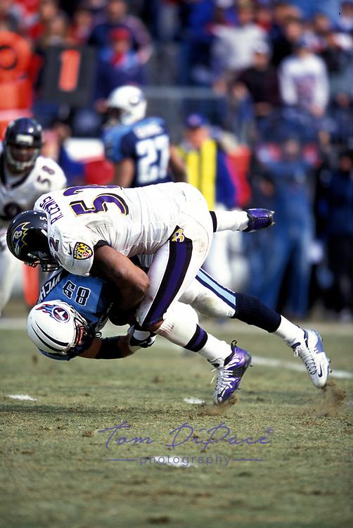 Baltimore Ravens Ray Lewis plays in game Circa 1996-2000..<br /> (Tom DiPace)