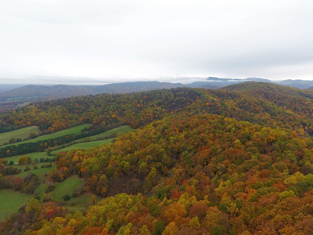 The mountains of Central Virginia in the Shenandoah Valley in Virginia. Photo/Andrew Shurtleff Photography, LLC