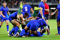 Rugby Union - 2019 Rugby World Cup - Pool B: South Africa vs. italy <br /> <br /> Duane Vermeulen of South Africa is turned upside down by Andrea Lovotti of Italy who is given a red card and Nicola Quaglio of Italy at Shizouka Stadium Ecopa.<br /> <br /> COLORSPORT/LYNNE CAMERON