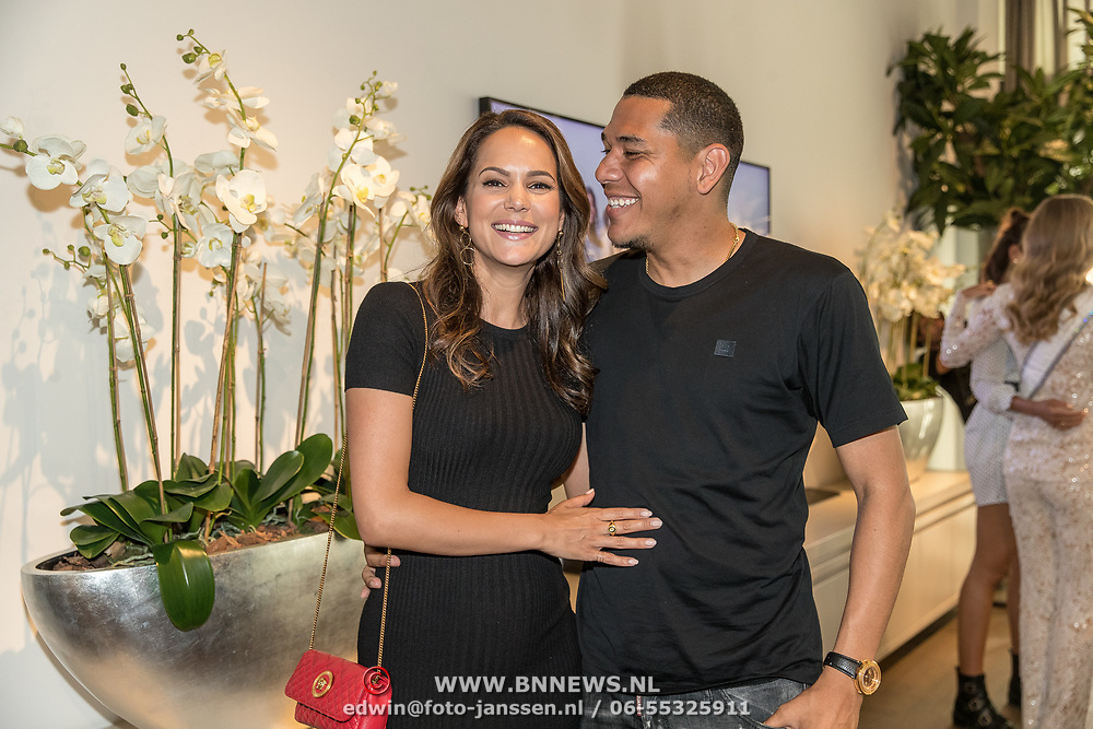 "NLD/Amsterdam/20190630 - Finale Miss Nederland 2019 ""Op jacht naar de kroon"", Hedwiges Maduro en partner EliZe"