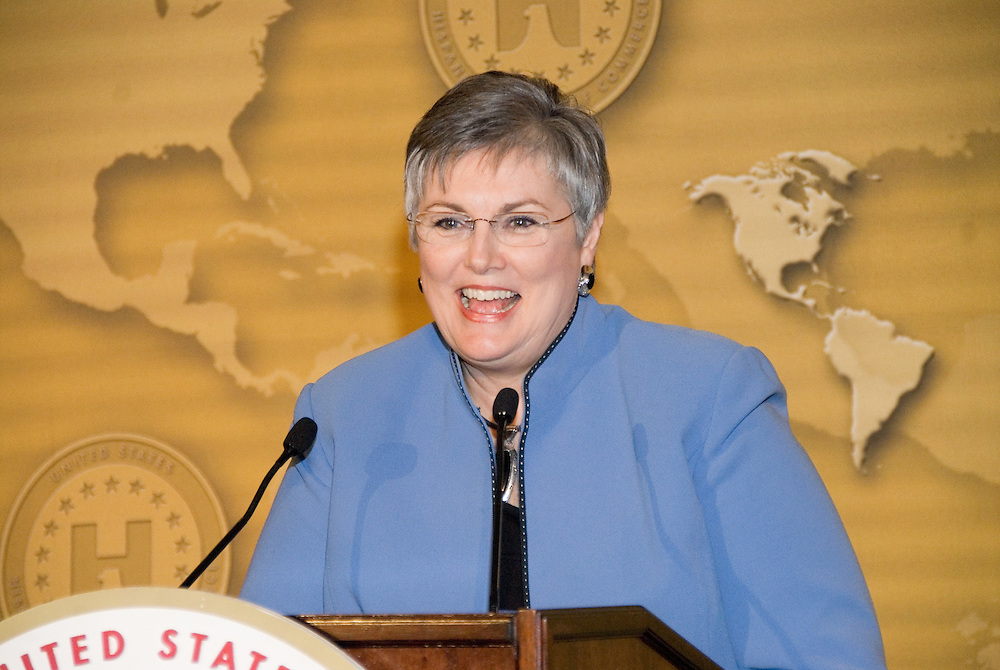 Linda Denny, President of the Women's Business Enterprise Council,addresses the Latina Legislative Luncheon at the United States Hispanic Chamber of Commerce's 19th Annual Legislative Conference, in Washington, DC, Tuesday, March 10, 2009.