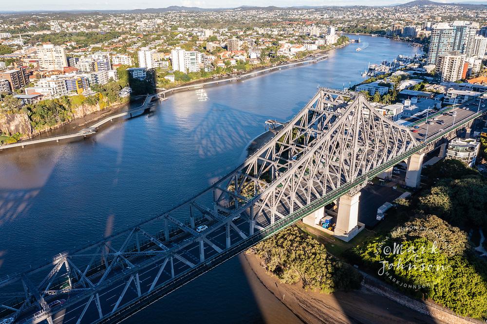 Aerial view of the Story Bridge over the Brisbane River between Kangaroo Point & New Farm, Brisbane, Queensland, Australia