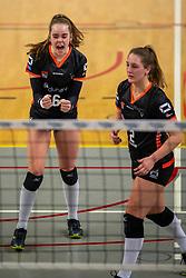 02-02-2019 NED: Regio Zwolle Volleybal - Sliedrecht Sport, Zwolle<br /> Round 16 of Eredivisie volleyball - Sliedrecht win the match 3-2 / Nova Marring #6 of Zwolle, Siska Hoekstra #2 of Zwolle